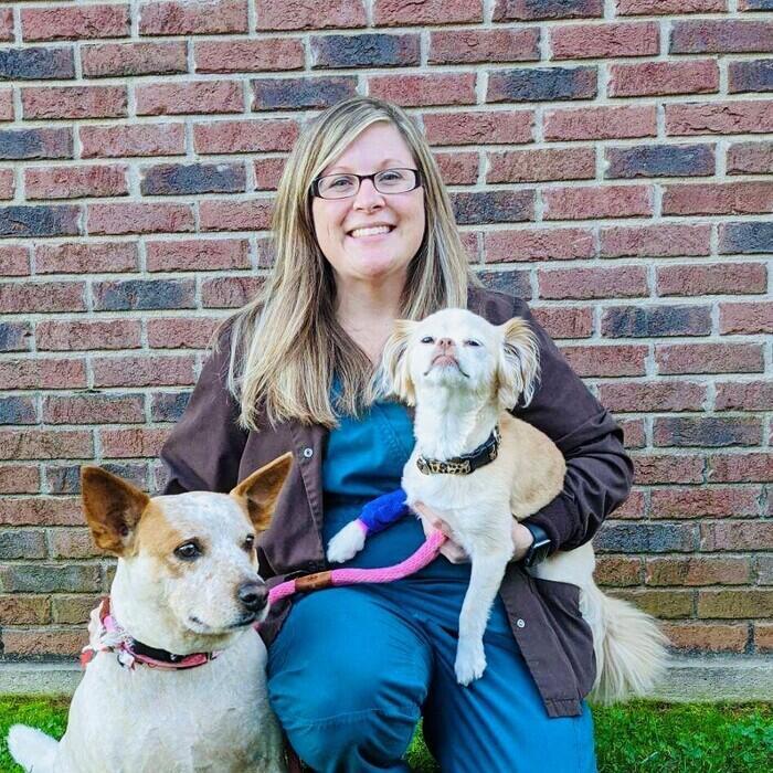Jeska</br> Licensed Veterinary Technician, </br>Practice Manager photo